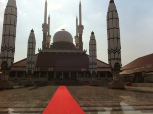 Great Mosque of Central Java - it's that hot ><